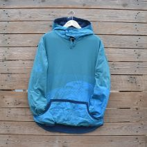 Men's reversible hoody in petrol and teal with beetle print
