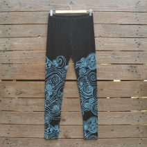 Printed leggings in black/aqua