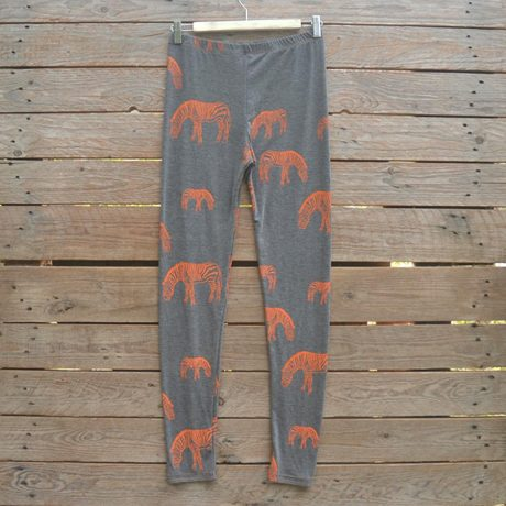 Printed leggings in dark grey/orange