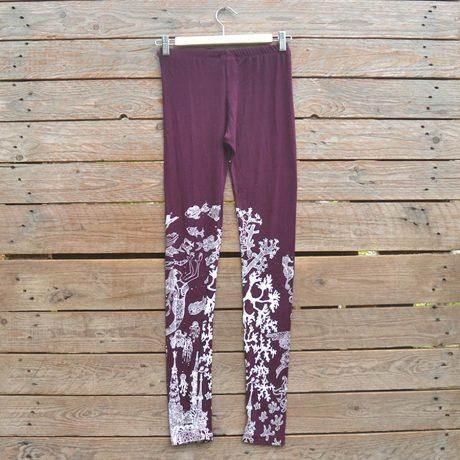 Printed leggings in plum/white