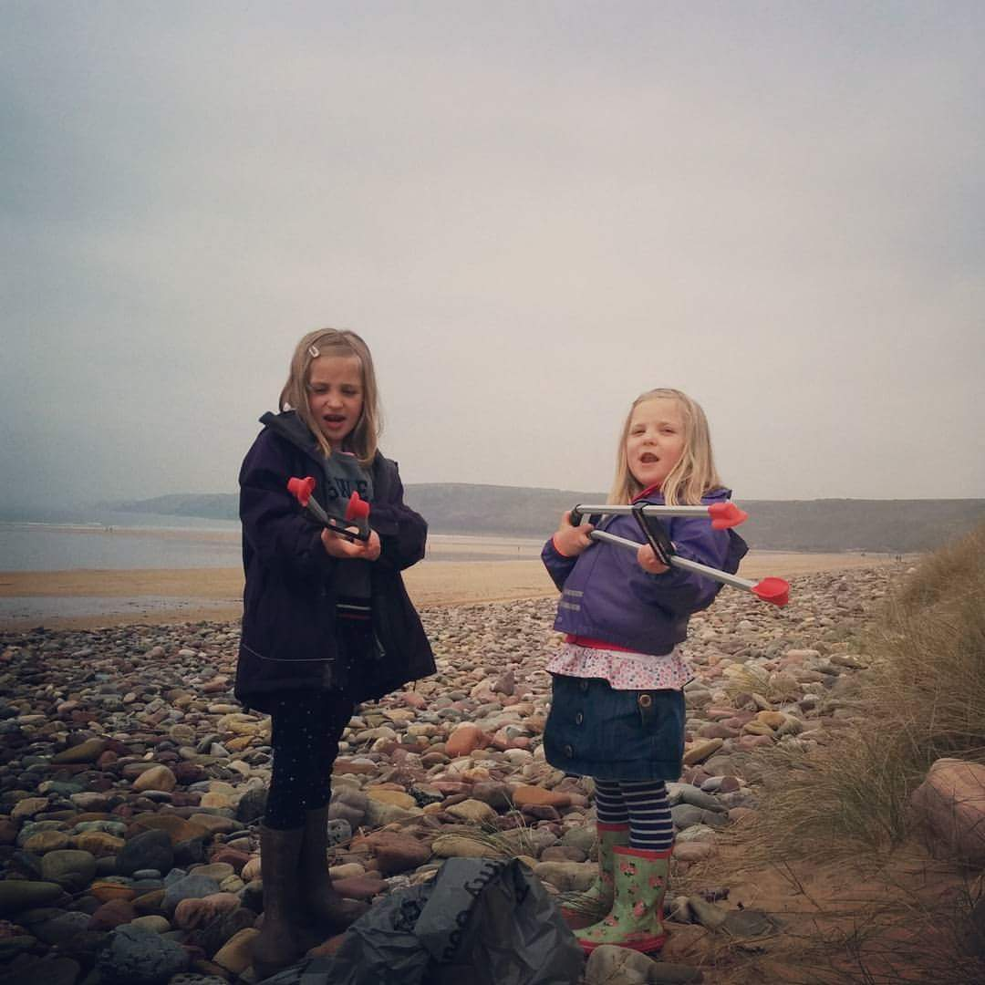 Young beach clean volunteers