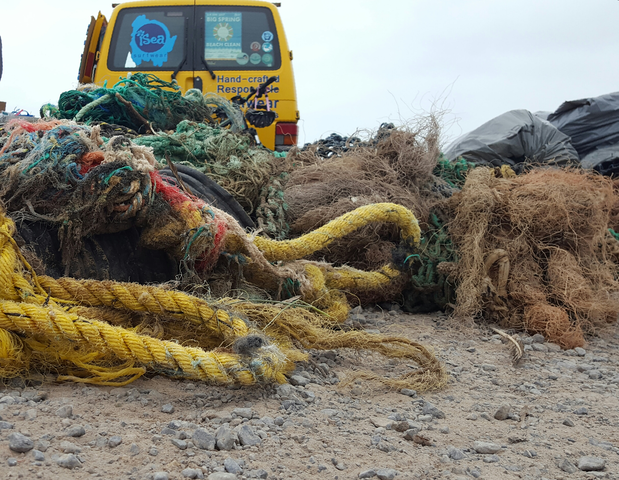 Ghost gear (Fishing net and rope)