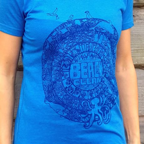 Slim fit t-shirt with beach clean design in blue