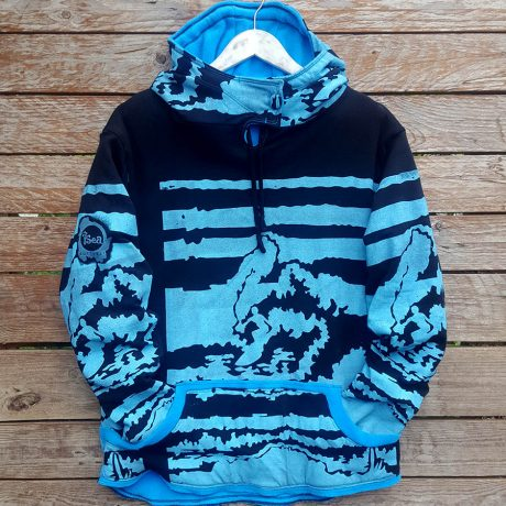 Men's reversible hoody in black/turquoise