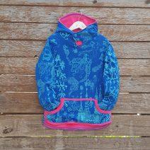 Kid's reversible hoody in sugar pink/royal - front