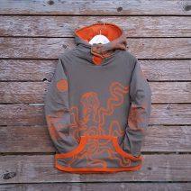 Kid's reversible hoody in orange/olive - front