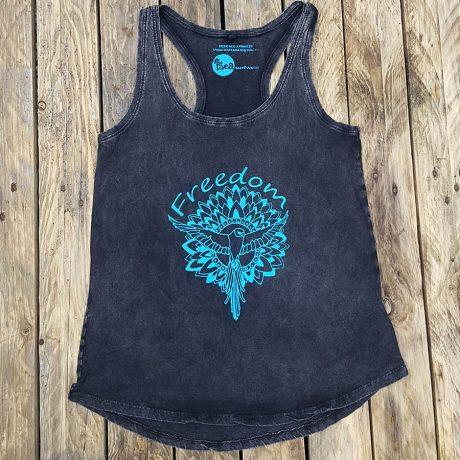 Women's organic vest in black - Freedom