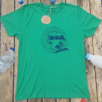 Recycled T-shirt with wild and free design